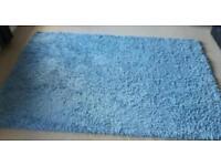 Extra large shaggy rug
