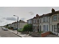 THREE BEDROOM HOUSE AVAILABLE ON STAINS ROAD IG1 2XF..AVAILABLE NOW!!