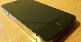 Apple Iphone 4 32GB mint condition