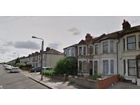 **IDEAL FAMILY HOME** 3 BED HOUSE IN ILFORD AVAILABLE NOW