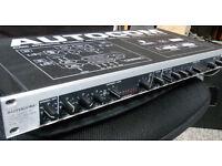 Behringer Autocom MDX1200 audio compressor