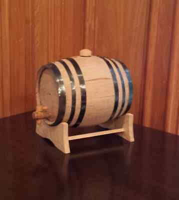 3 Liter Oak barrel with Black hoops for whiskey or spirits