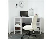 Corner desk, excellent condition, white, low price for quick sale