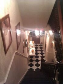 Large double room in very large Victorian house, Whitley Bay town centre