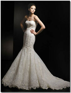 ENZOANI Dakota LACE BRIDAL GOWN in IVORY, Mermaid Style, Size 2