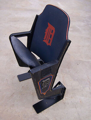 Tiger Stadium seat, Tiger Den, SINGLE - with Logo - Tigers Logo Single