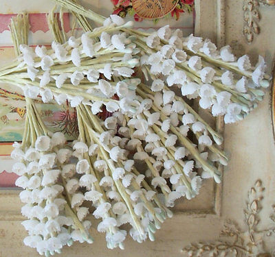1950s / Vintage / Cotton Fabric Lily of the Valley / Aged White / Wedding / Five