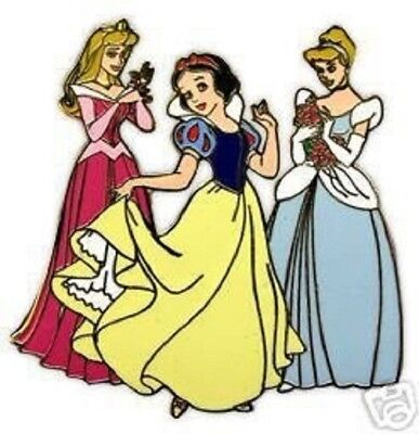 Disney Mall Princess Trio for Spring Aurora Cinderella Limited Edition 200 (Aurora Mall)