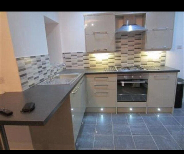 2 bedroom fully furnished apartment in the heart