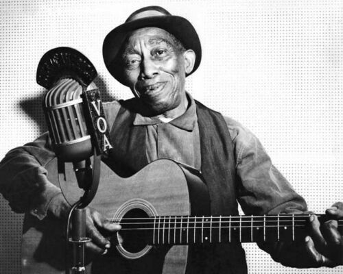 Country Blues Singer MISSISSIPPI JOHN HURT Glossy 8x10 Photo Guitarist Print
