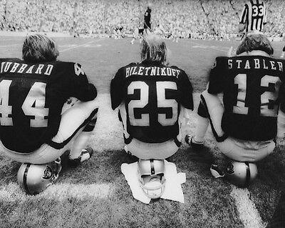 (Oakland Raiders MARV HUBBARD, FRED BILETNKOFF & KEN STABLER Glossy 8x10 Photo)