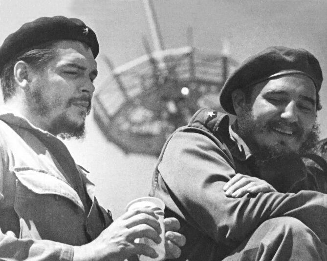 1959 Guerrilla War Leader CHE GUEVARA & FIDEL CASTRO Glossy 8x10 Photo Print