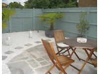 Amazing 2 Bed Maisonette Located in Raynes Park!