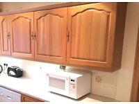 Schreiber oak kitchen wall cabinet units