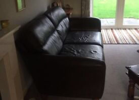 2X leather sofas 2 seaters