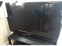 Samsung 40 inch LCD HD TV FAULTY (turns itself off and on a lot)