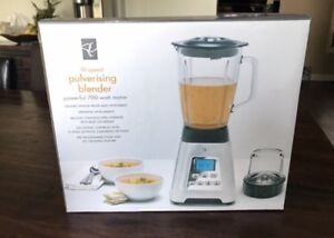 (New In Box) Presidents Choice 10 Speed pulverizing blender