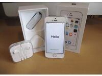 iPhone 5S Unlocked 16GB silver Excellent Condition