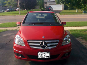 2010 Mercedes-Benz B-Class B200 with Sun roof, Private seller Cambridge Kitchener Area image 1