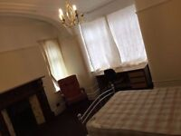 HUGE DOUBLE / TWIN !! Piccadilly Line ****** zone 2