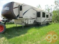 2013 Brookstone by Coachman 340BHS Fifth Wheel