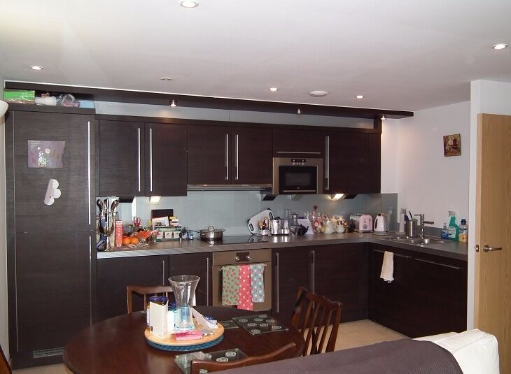 Great Two Bedroom Apartment In Modern Development In Highbury