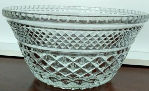 Anchor Hocking Wexford Waffle Pressed Glass Vintage Fruit Bowl Desert Bowl