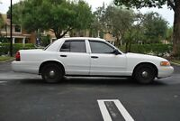 2009 crown victoria p71 flexfuel :make offer close to actual