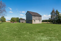 GREAT FAMILY HOME ON PICTURESQUE SETTING 1.6 ACRES
