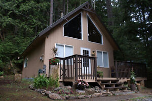 Renovated Freehold 716 sq.ft. 2 bedroom cozy cabin - C83