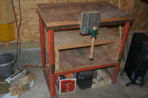 Sturdy steel and wood work bench with vice BARGAIN