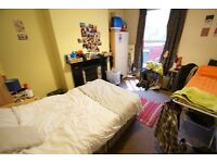Room to rent until July!