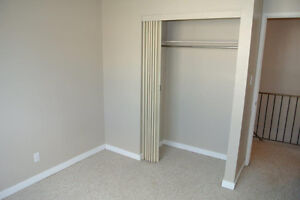 Large Newly Renovated Townhouse in Town of Redwater Edmonton Edmonton Area image 11
