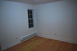 1 room in a triplex/une chambre dans un triplex Gatineau Ottawa / Gatineau Area image 8