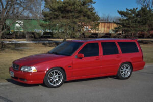 Buying V70 T5 / R / GLT / AWD / XC
