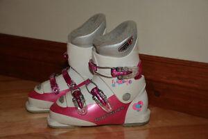 Bottes de ski alpin pour enfants **PLUSIEURS GRANDEURS** Saint-Hyacinthe Québec image 5