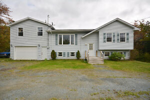GREAT FAMILY HOME on DOUBLE SIZE LOT