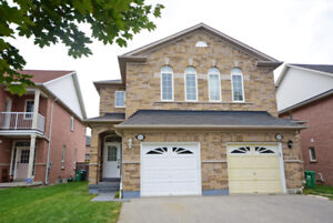 Semi-Detached Home in Mississauga