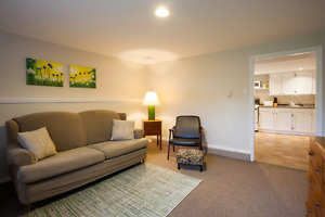 SEPT 1st - 1 bedroom BRIGHT 1st Floor Suite Fully Furnished