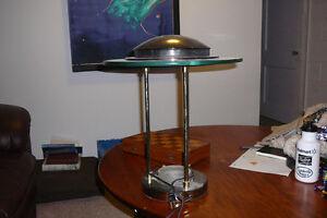 Table / DeskLamp (Good Condition)