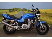 Yamaha XJR1300 **Crash Bobbins, Centre Stand, Ohlins Suspension**