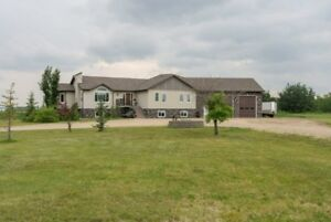 ACREAGE ON 10 ACRES WITH DETACHED SHOP- MINUTES FROM GP!