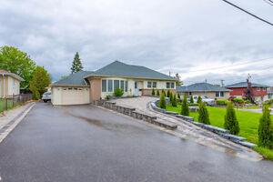 3 Bedroom Bungalow With 3 Bedroom Basement Apartment In Whitby!