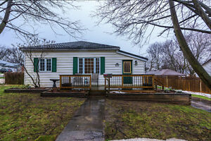 MLS #594900  128 Concession St  Ingersoll COMING SOON!