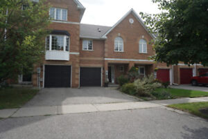 Available Now - 5 Royal Chapin Crescent, Richmond Hill, ON L4S