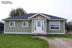 FOR SALE: Newer Build Bungalow- MOOSONEE