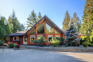 FULLY RENOVATED LOG HOME ON BEAUTIFUL 4 ACRE WHONNOCK PROPERTY