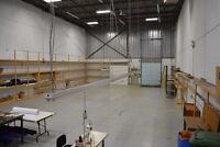Entrepôt à Louer,  2500 à 3200 pieds carrés, Longueuil