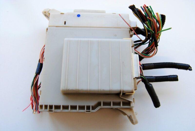LEXUS IS 220d 2006 RHD INTERIOR FUSE BOX 82672-53040