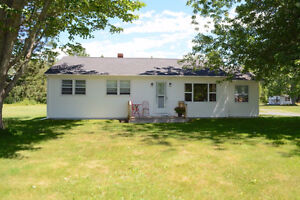 20 Minutes from Base Gagetown - Beautiful 3 Bedroom Home